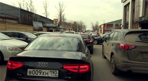 ↑ 大混雑のモスクワ