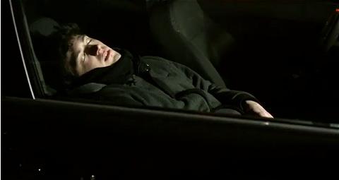 ↑ 一人で来た人は酔いがさめるまで駐車場内でお休み