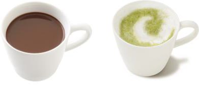 ↑ ホットリッチココア(左)とホット抹茶ラテ(右)