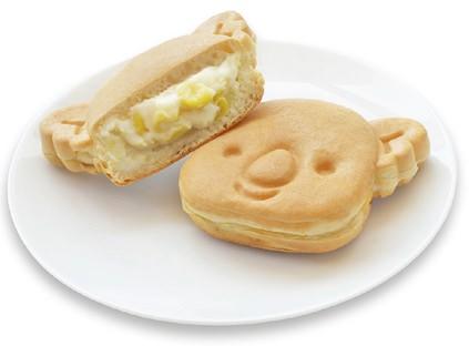 ↑ 粒コーン入りの「コアラのマーチ焼<十勝粒コーンクリーム>」