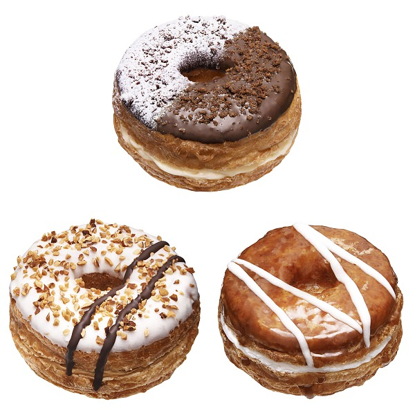 ↑ 上段が「チョコ&カスタードホイップ」、下段左から「ホワイトチョコ&キャラメルホイップ」「メープル&エンゼルホイップ」