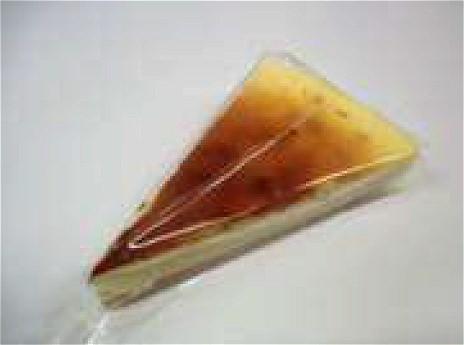 ↑ ふわふわシフォン(ホイップカスタード)希少糖入り(上)とトルテケーキ ニューヨークチーズケーキ(希少糖入り)(下)