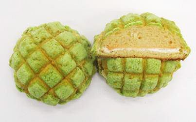 ↑ 北海道メロンパン メロンクリーム&ホイップ
