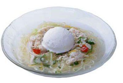 ↑ 超涼風麺 鶏白湯アイスのせ