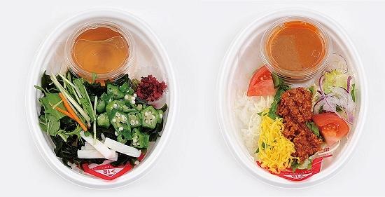 ↑ 左から「冷やしネバネバ茶漬け風夏飯」「トマト担々冷やし夏飯」