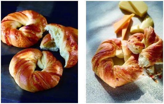 ↑ 左から「クロワッサンベーグル(シュガー)」「同(チーズ)」