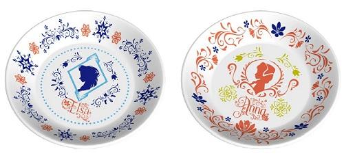 ↑ B賞…エルサ絵皿とC賞…アナ絵皿
