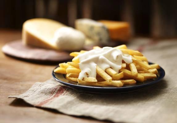 ↑ クラシックフライ クアトロチーズ