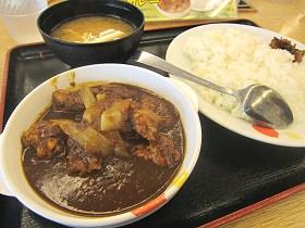「ごろごろ煮込みチキンカレー」(松屋)